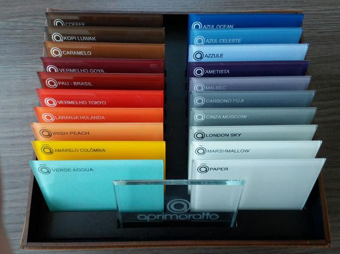 Amostras de vidros coloridos