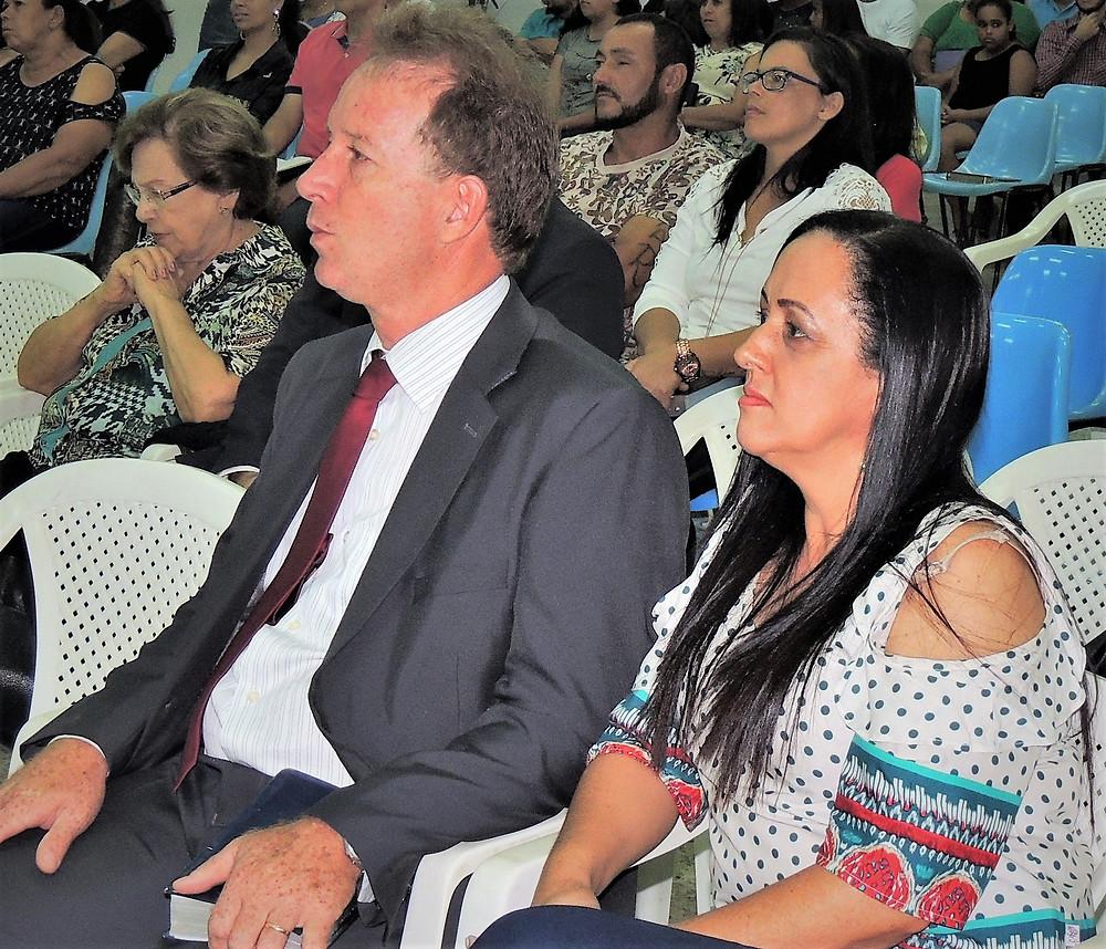 Irson e Lucilene Moreira estão completando 25 anos de casados (Bodas de Prata)