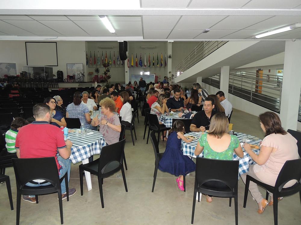 Salão CMC, na quadra 34 da Avenida Comendador José da Silva Martha, em Bauru
