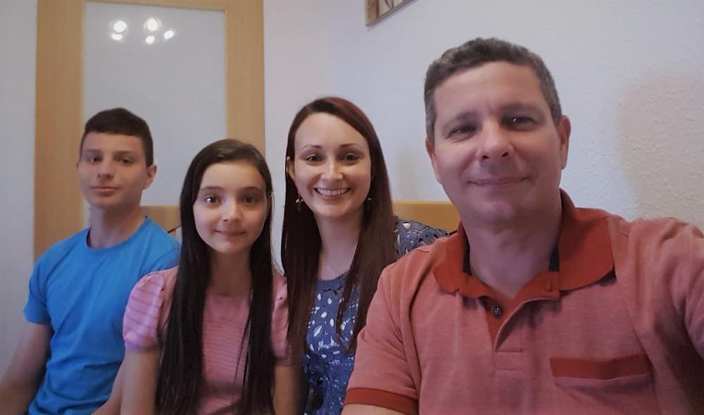 Família Lorius: Lothar, Clarinha, Ana e Cláudio