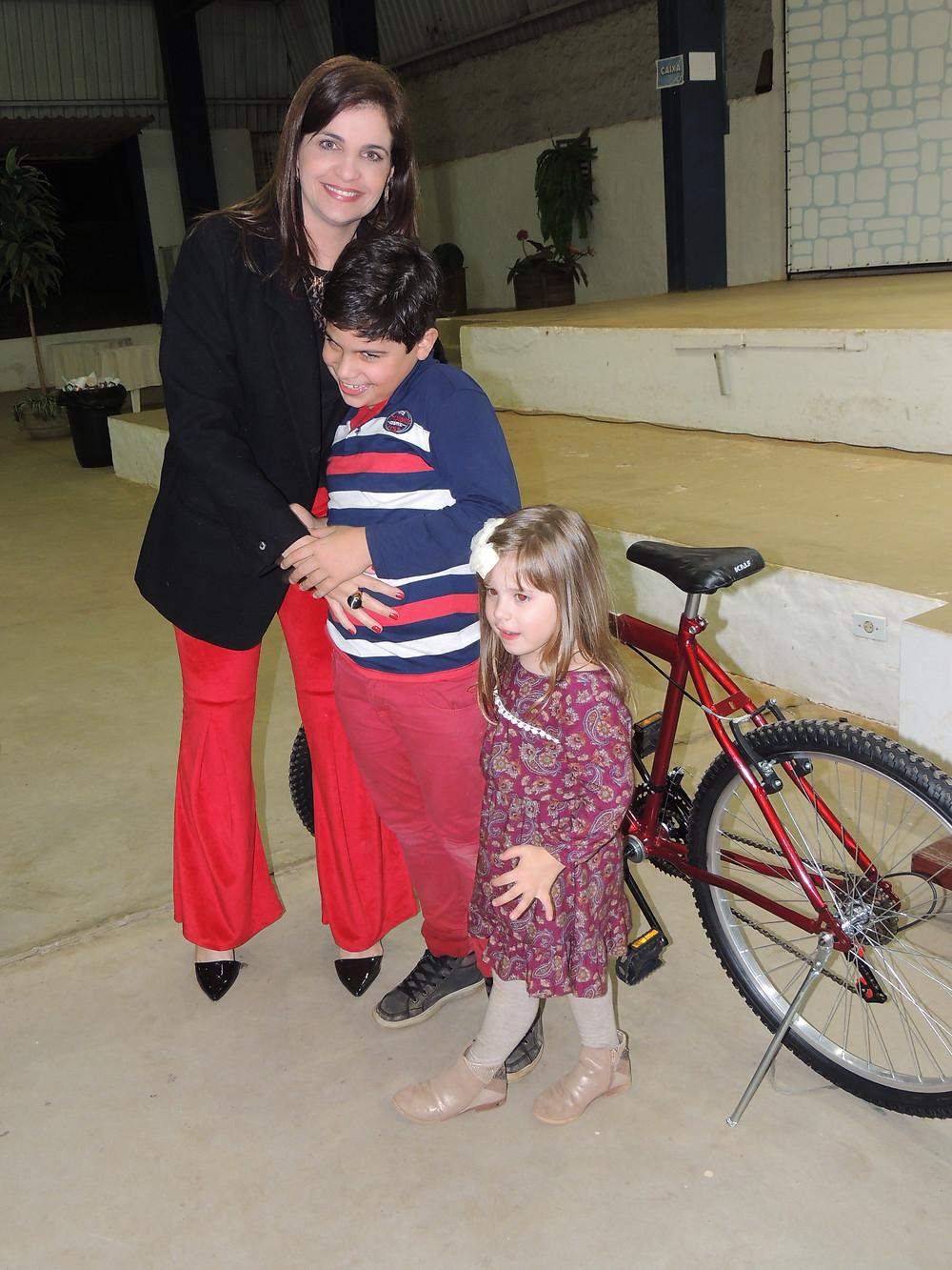 Em todas as festas da CMC é sorteada uma bicicleta