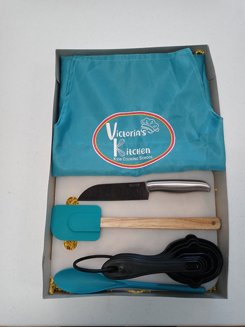 Victoria's Kitchen Teen Chef Kit (Real Chef Knife)