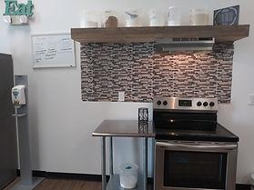 kitchen stove 1.jpg