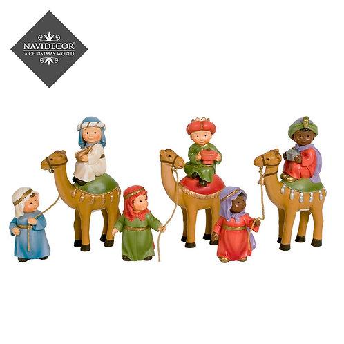 Oliver Naif Reyes con camellos
