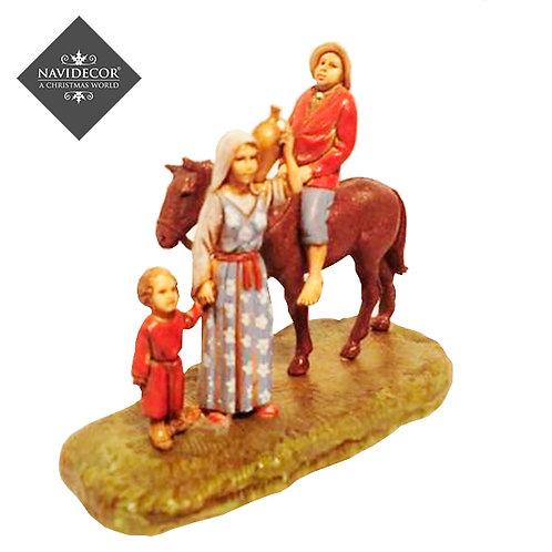 Pareja con hijo y caballo