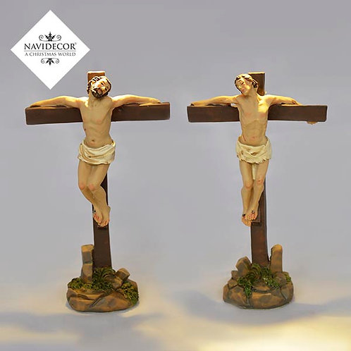 Escena ladrones crucificados