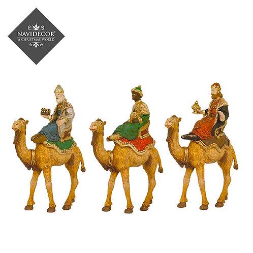 Oliver Conjunto Reyes a Camello 8cm