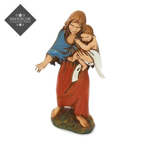 Madre e hijo en brazos