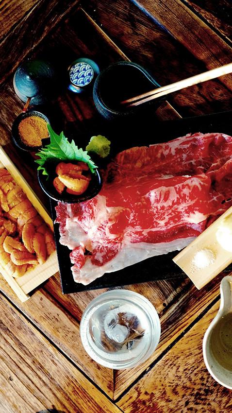 P6_とろける雲丹と和牛肉寿司.jpg
