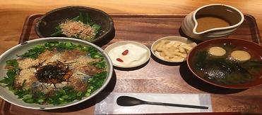 セット胡麻鯖丼.png