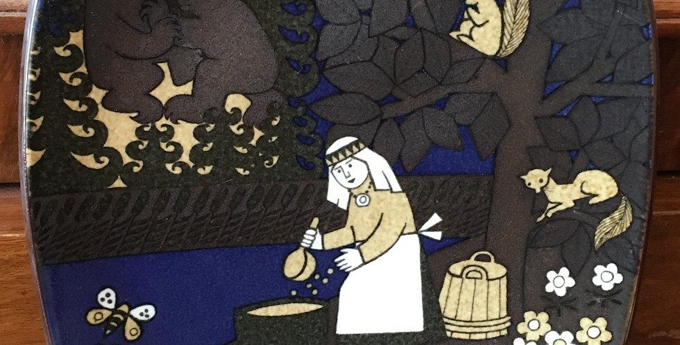 Arabia Finland Annual Plate 1986  - Kalevala Scandinavian Folk Art