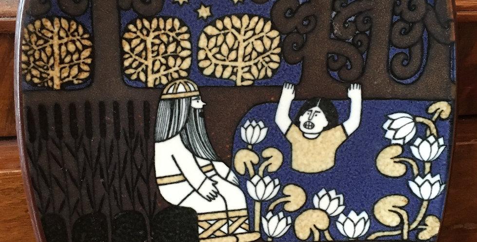 Arabia Finland Annual Plate 1981  - Kalevala Scandinavian Folk Art