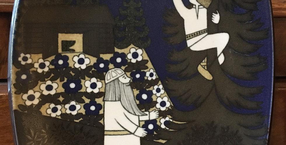 Arabia Finland Annual Plate 1987  - Kalevala Scandinavian Folk Art