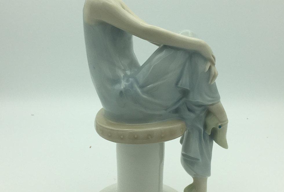 Royal Doulton Reflections Flirtation Figurine