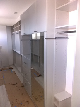 Gray System w/Mirror Doors