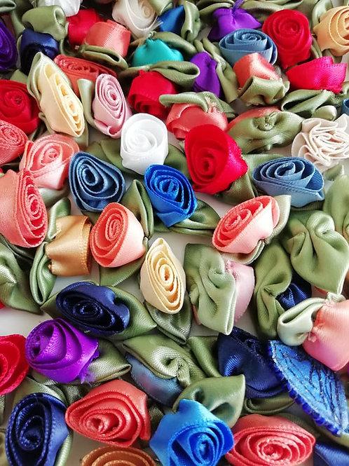 12 Large Ribbon Roses