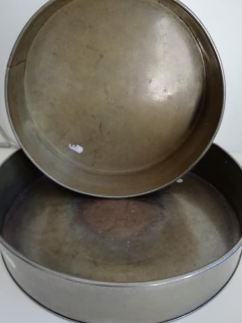 """Round Cake Tins, 12"""" & 14"""" EXHIRE Invicta Tins - Sold as seen"""