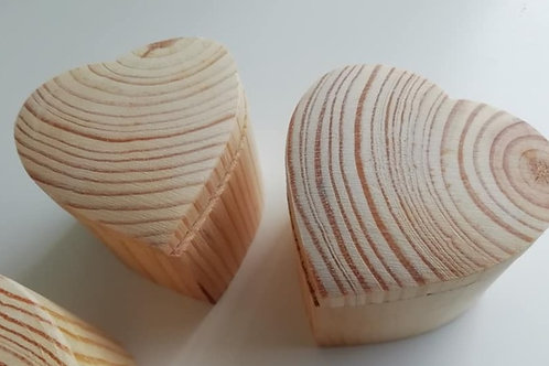 5 x Wooden Heart Box with Sliding  Lid -  Wedding Favours or Crafts.