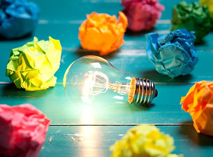 Incandescent-bulb-and-colorful-notes-on-