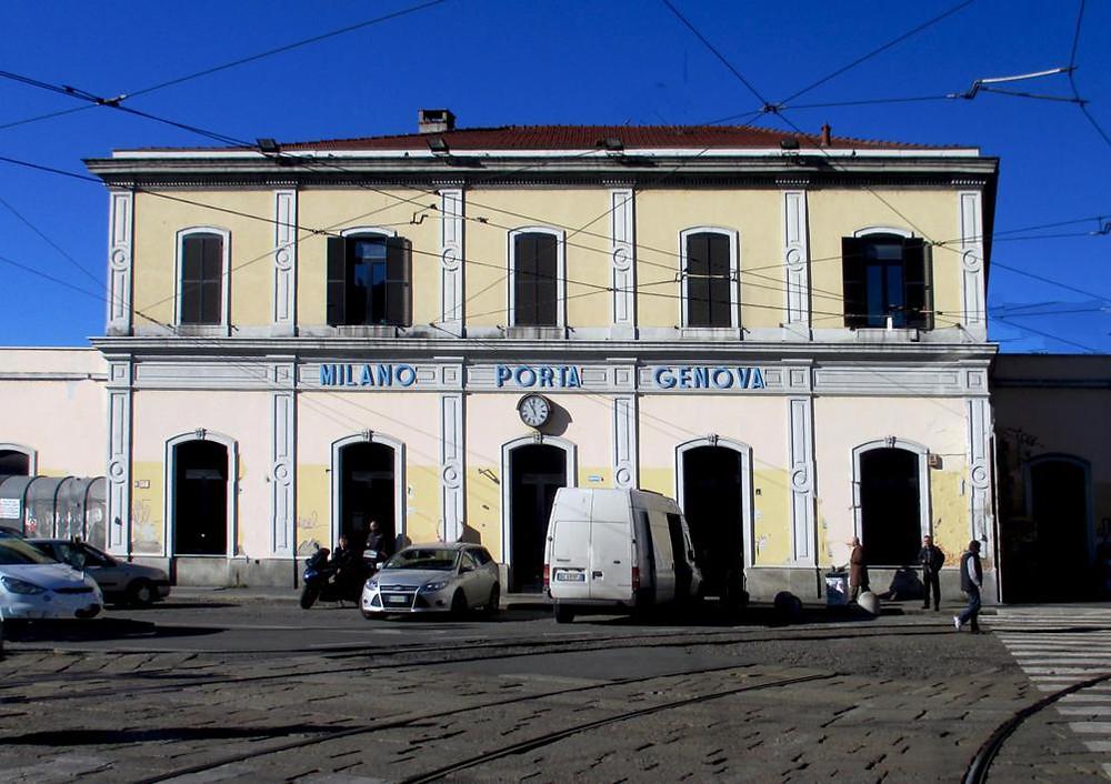 Stazione Porta Genova oggi, anche quando in  futuro lo scalo verrà dismesso  l'antico edificio verrà conservato con una funzione pubblica