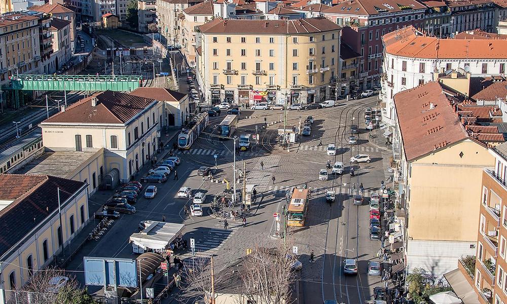Il piazzale di Porta Genova