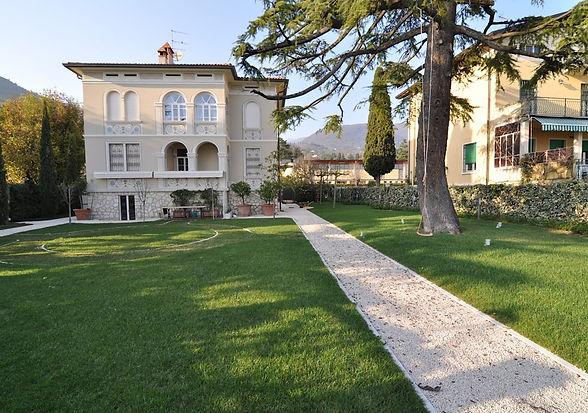 GardaVille - Locazione Breve Ville sul Garda - Villa Barbarano - Barbarano di Salò