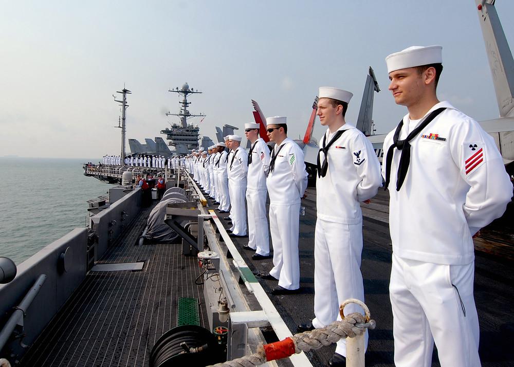 La marina americana ha approvato i primi interventi di correzione della miopia sul  suo personale con la rivoluzionaria tecnica ReLEx® SMILE