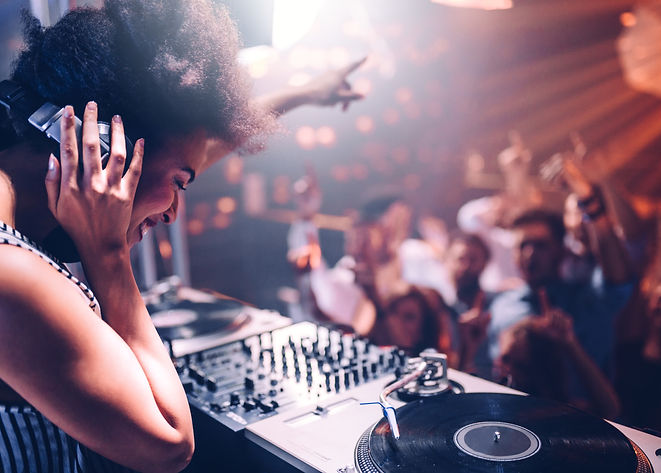 Su Radio Leon la classifica dance e top 20
