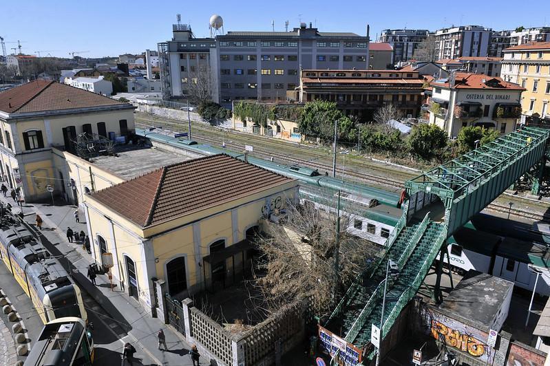 La Stazione di Porta Genova e il ponte di ferro in attesa di restauro