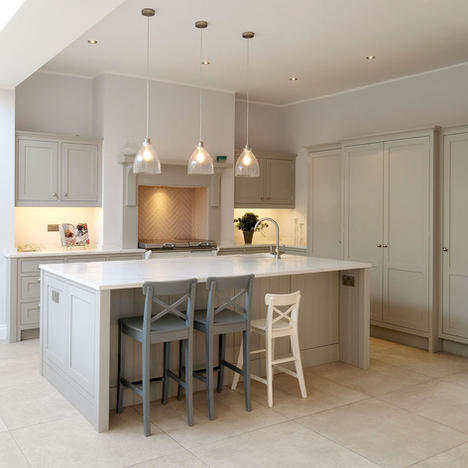 Open Plan Kitchen & Family Room