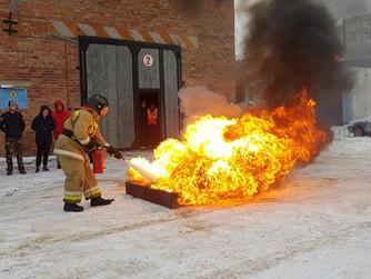 При участии депутатов-единороссов состоялись соревнования добровольных пожарных дружин
