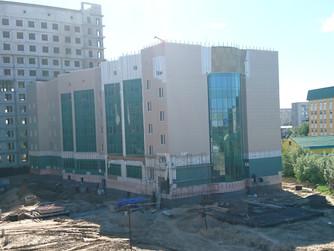 Наталья Западнова  и Владислав Фоменко побывали на стройплощадке объекта центральной окружной больни