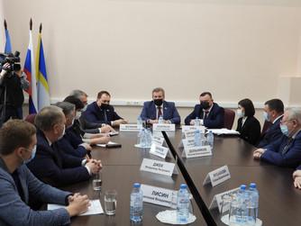 Подготовку к предварительному голосованию обсудили единороссы Нижневартовска