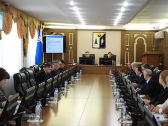 В преддверии заседания Думы: депутаты провели профильные комитеты