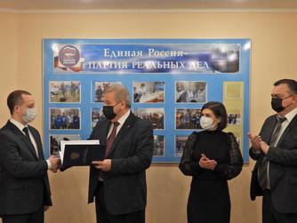 Нижневартовский волонтёр получил Благодарность Президента