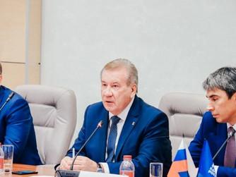 Борис Хохряков принял участие в заседании Уральского межрегионального координационного совета «Едино