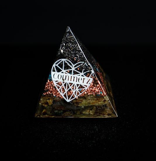 Commerz Pyramiden Orgonit