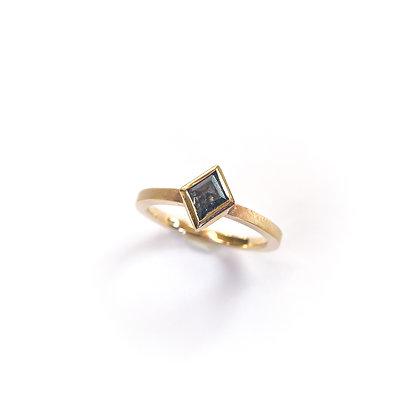Kite Salt and Pepper Diamond Ring