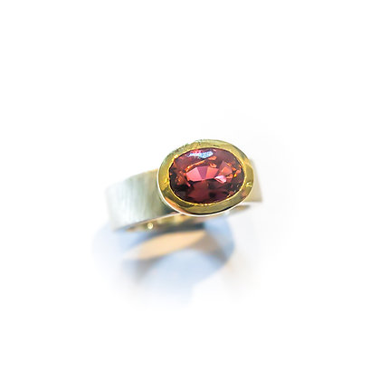 Pink Tourmaline Oval Ring