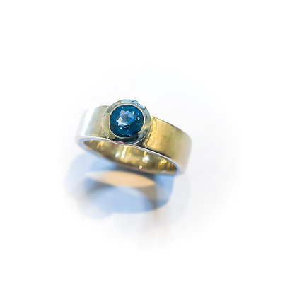 Sapphire and Platinum Ring