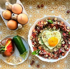 recette porridge salé œuf et salade de tomates