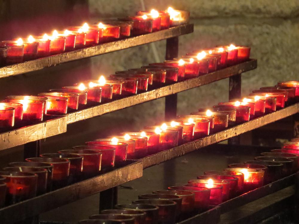 velas fuego rojo