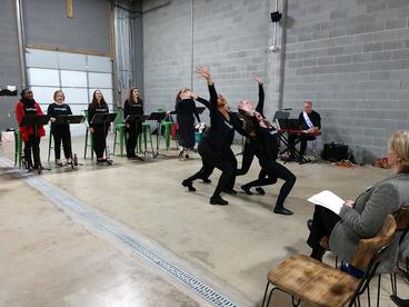 Twinpanzee Performance