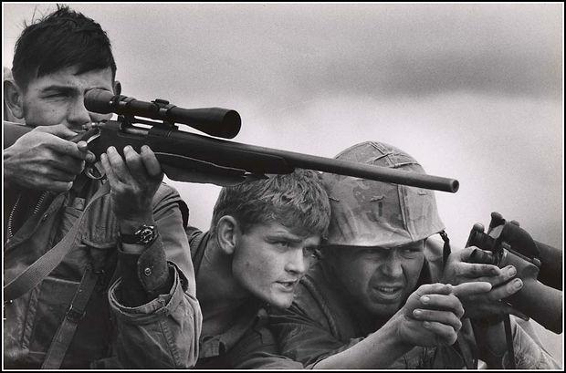 David Douglas Duncan photo of Marines on