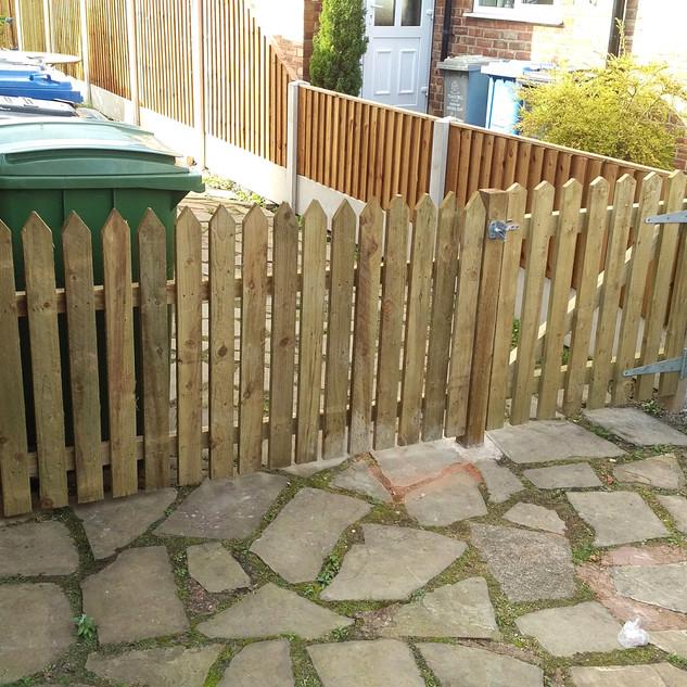 Picket fencing didsbury