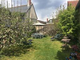 La Maison de Famille - jardin2.jpg