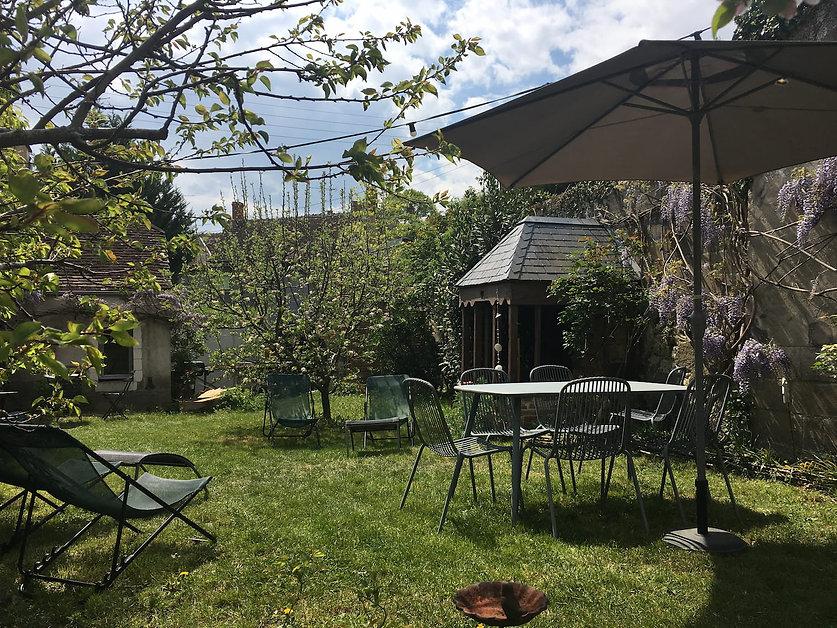 gites saint aignan - jardin1.jpg
