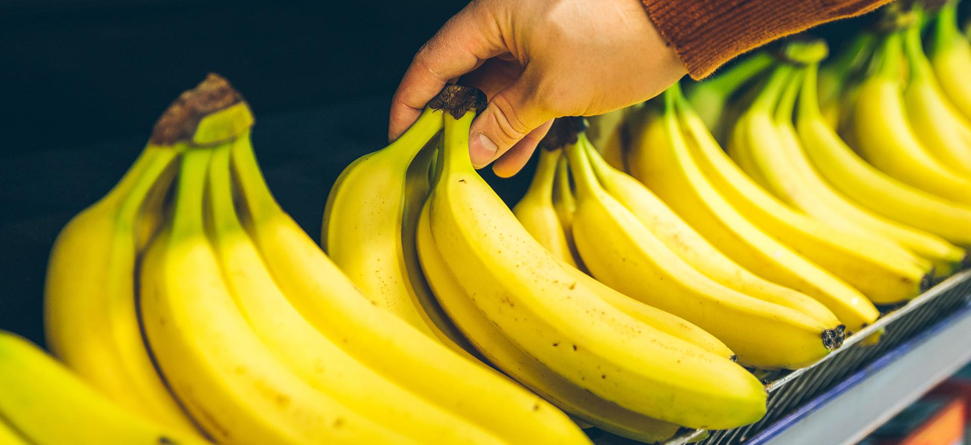 bananas-1920-4.jpg