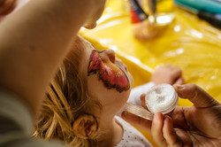 face-painting-1713769_1920 (1)