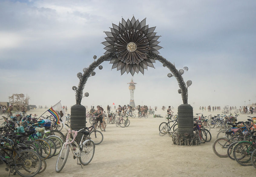 burning-man-festival-photography-victor-habchy-nevada-14